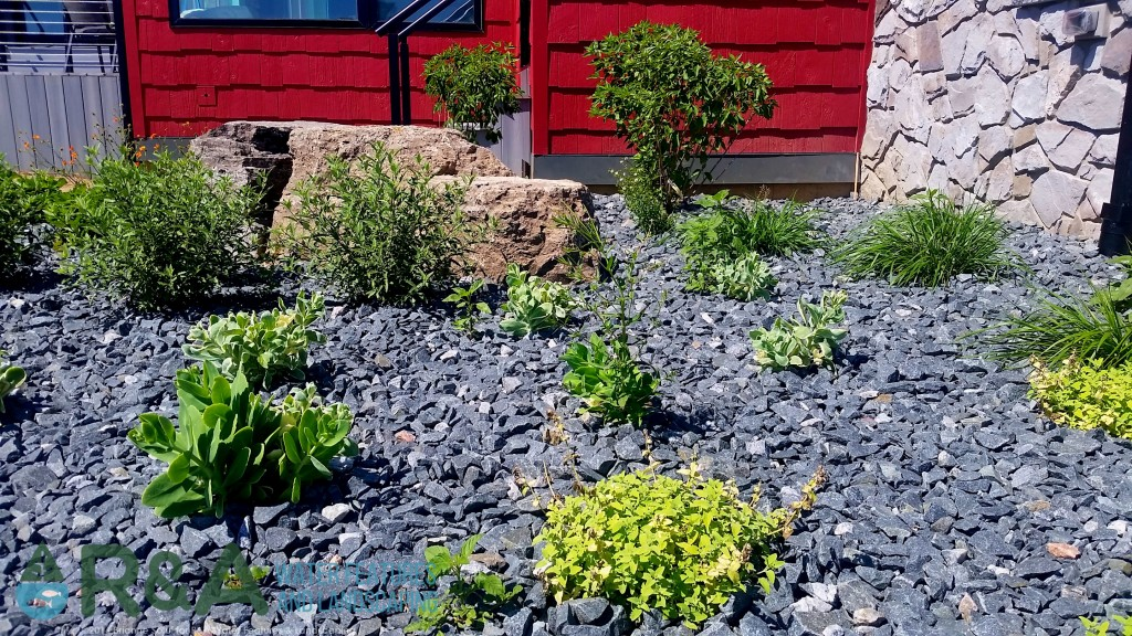 What type of mulch is best for your grand rapids landscape for Landscaping rocks grand rapids