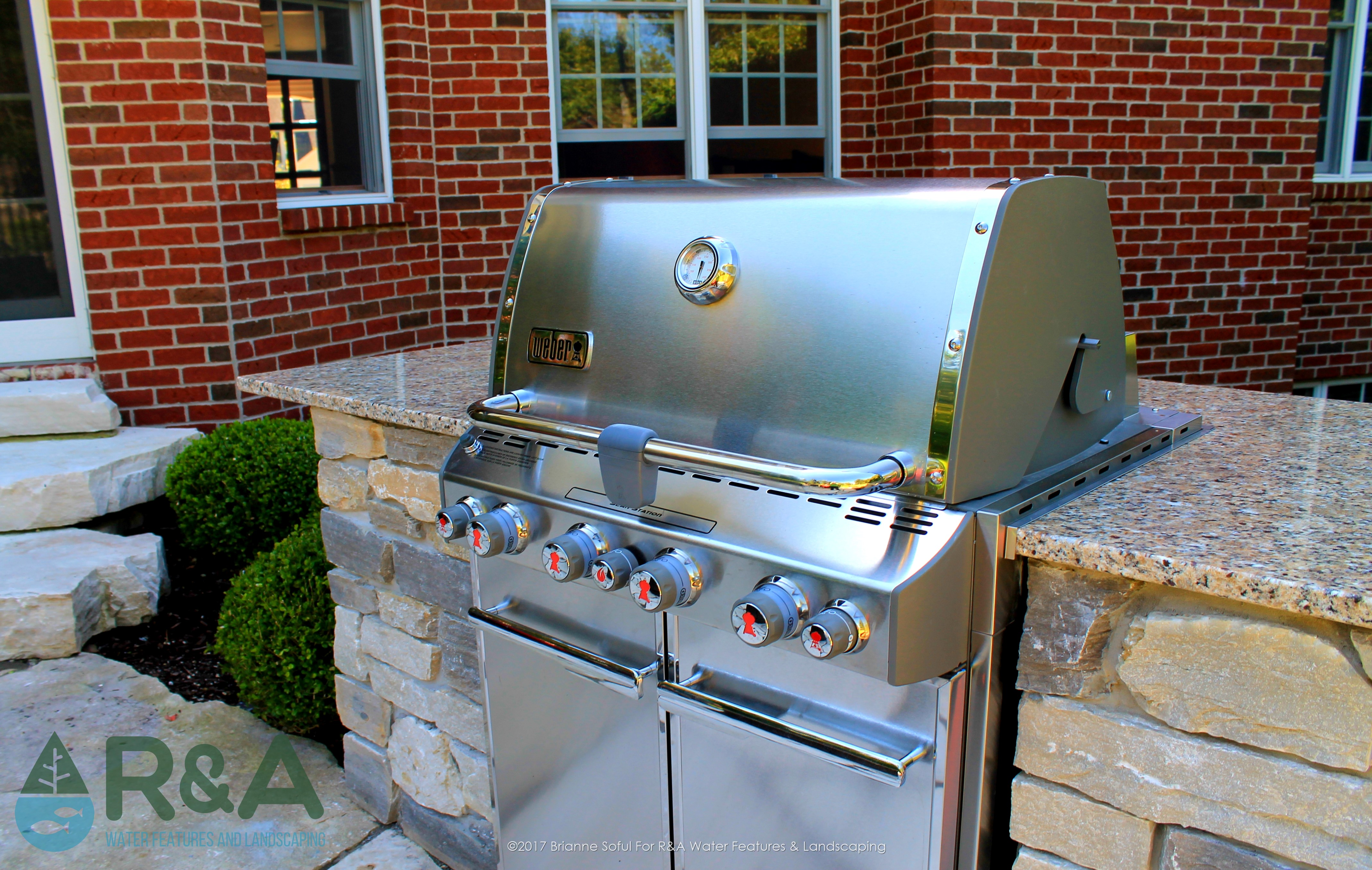 East Grand Rapids Outdoor Built In Grill BBQ