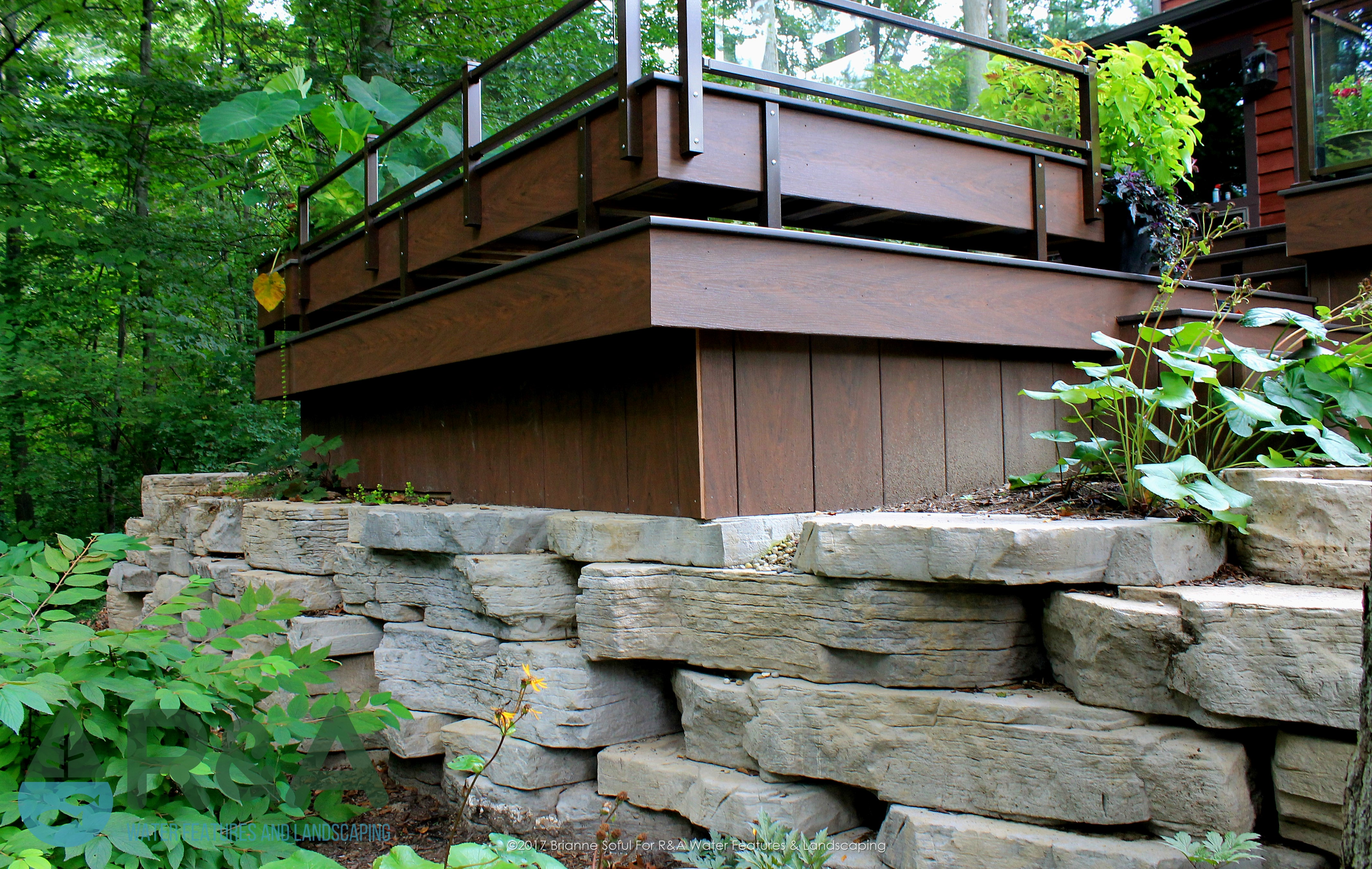 Eau Claire Landscaping Retaining Wall Steps Deck (10)