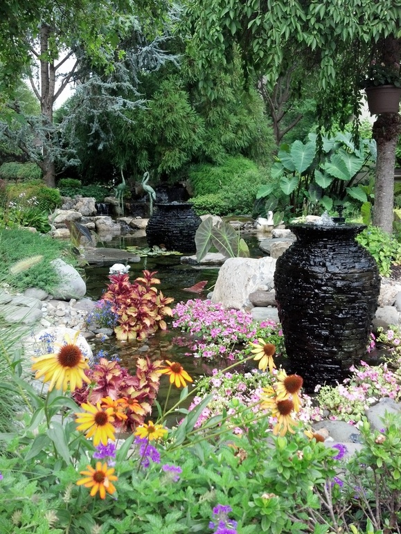 Stacked Slate Urn Rock Water Feature