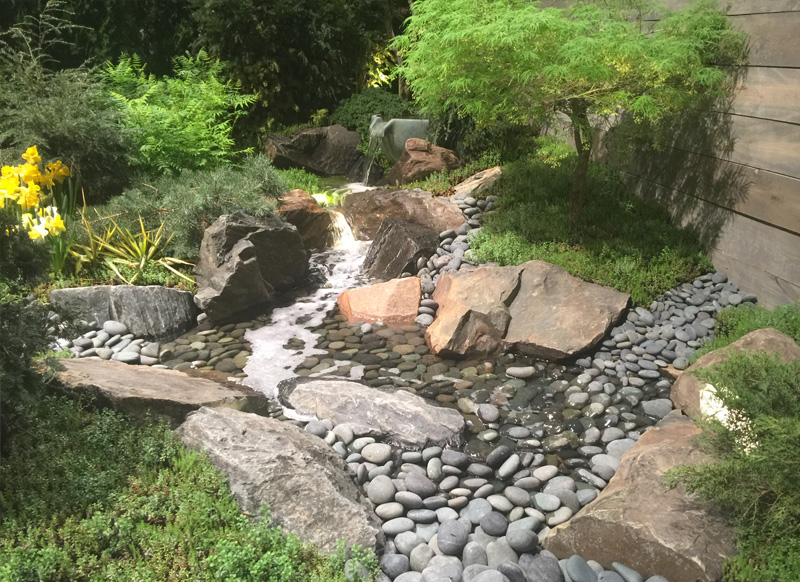 pondless-waterfall-800x582