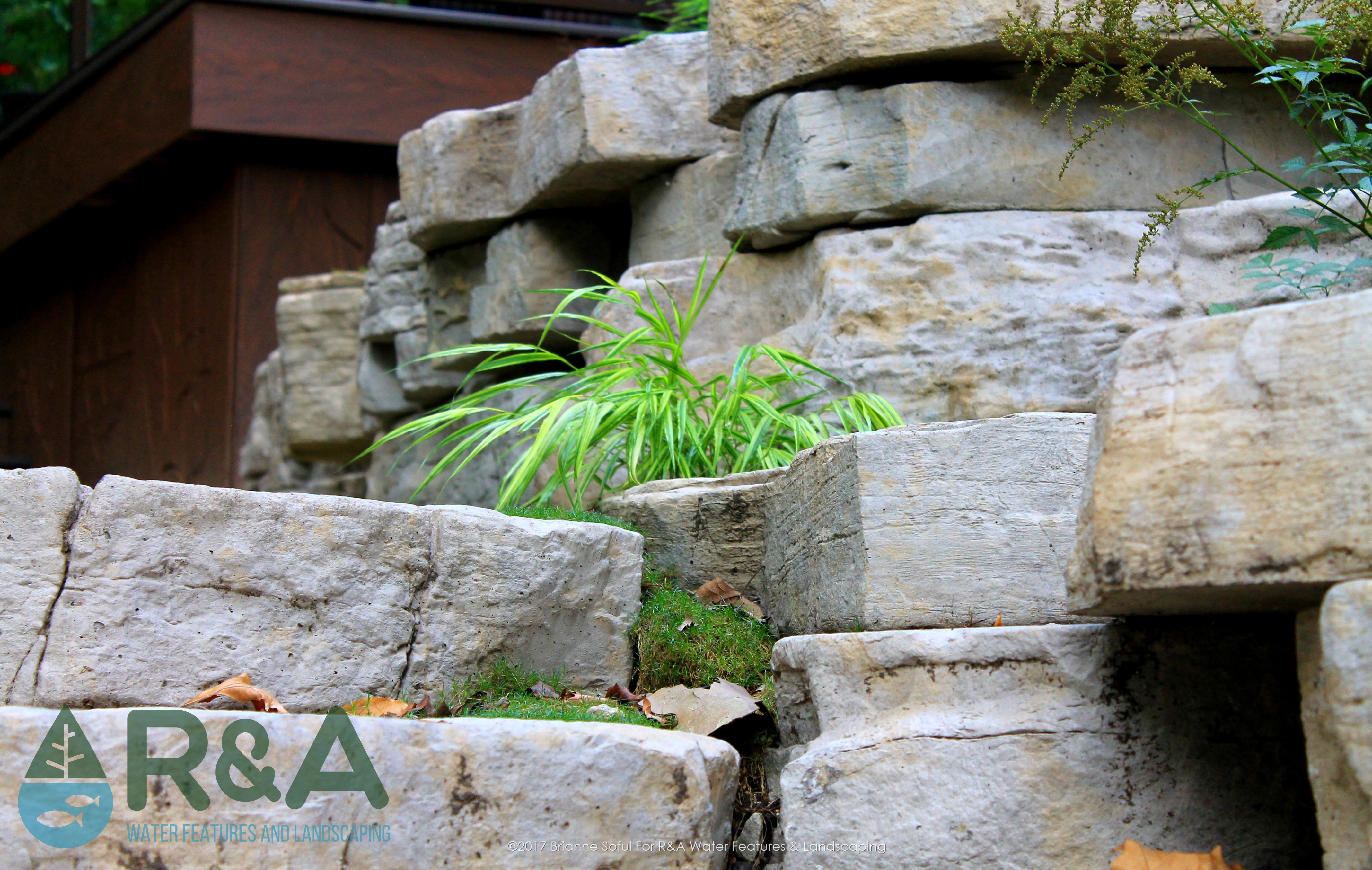 Eau Claire Landscaping Retaining Wall Steps Deck (1)